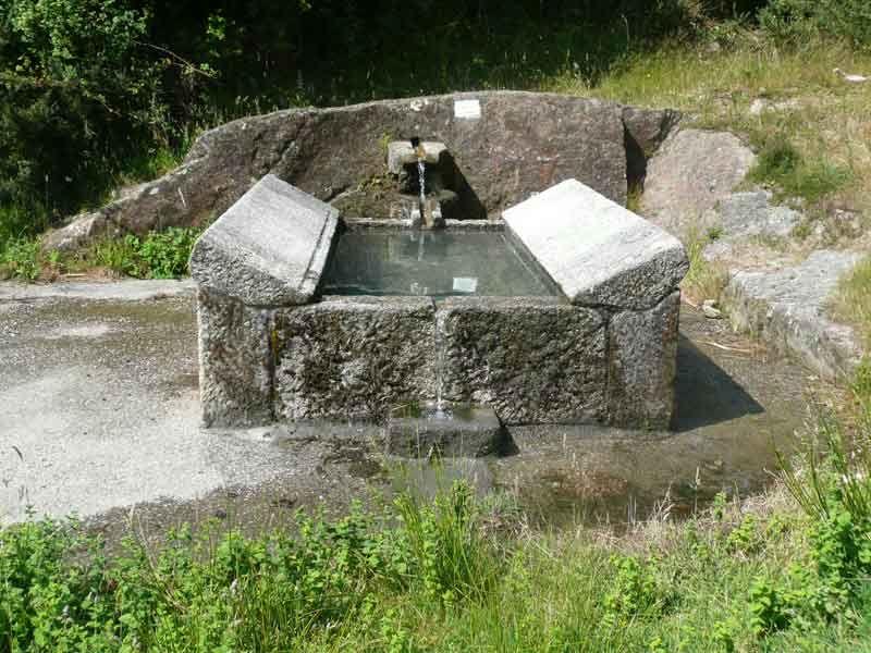 lavadero de ropa tradicional sola haber uno en cada pueblo al lado de la fuente