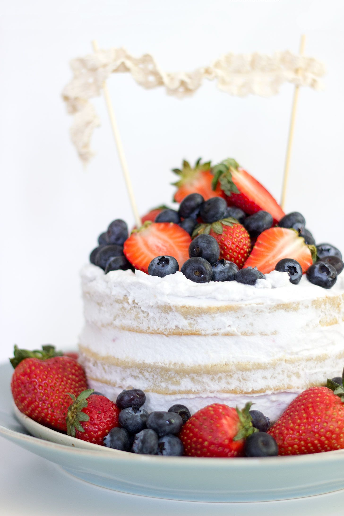 vegan vanilla wedding cake recipe vegan vanilla berries cake recipe coconut 21536