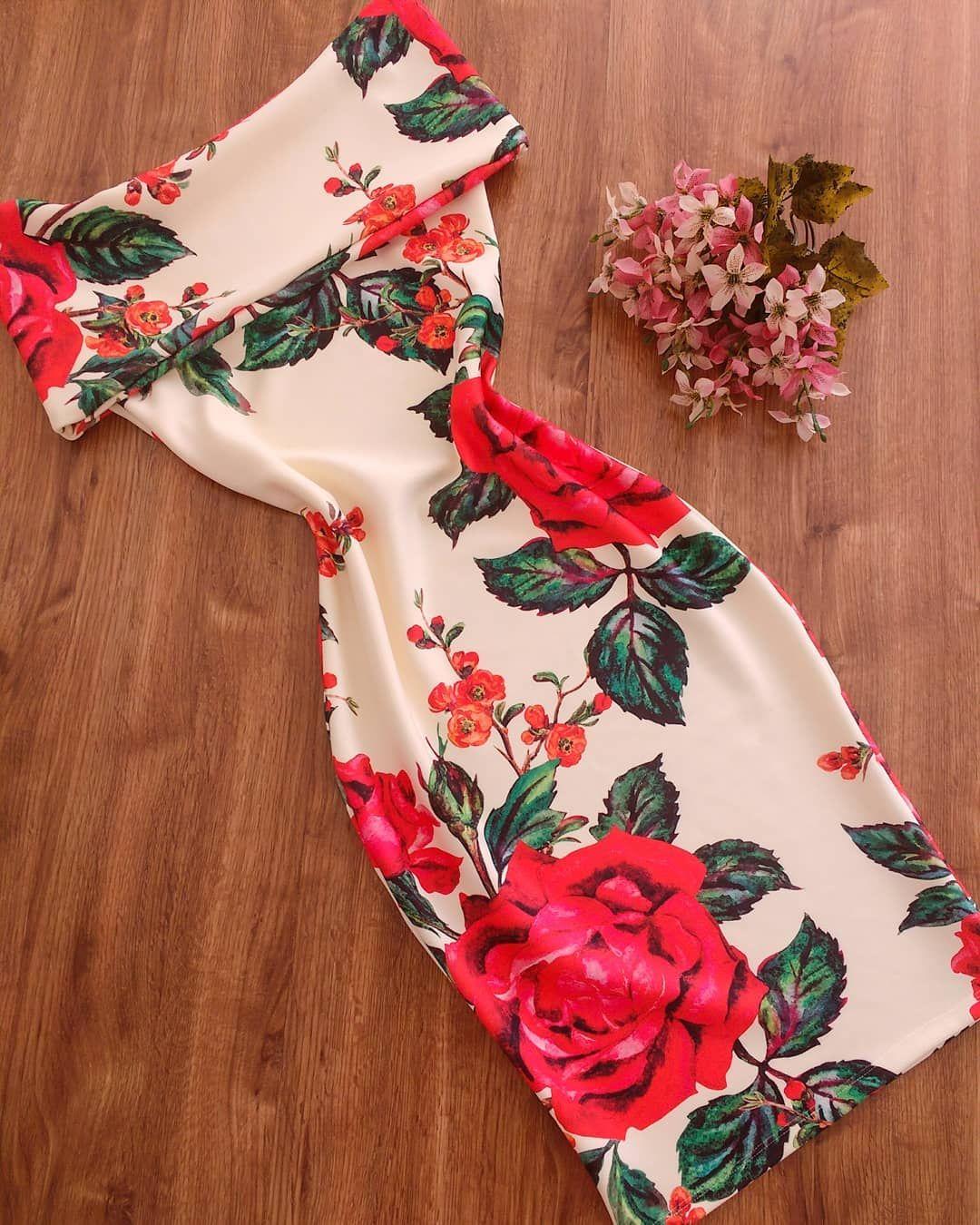 5b40524f8 Lilly Correia 👗 Padrões De Costura Para Vestido, Roupas Com Babados,  Roupas Estilosas,