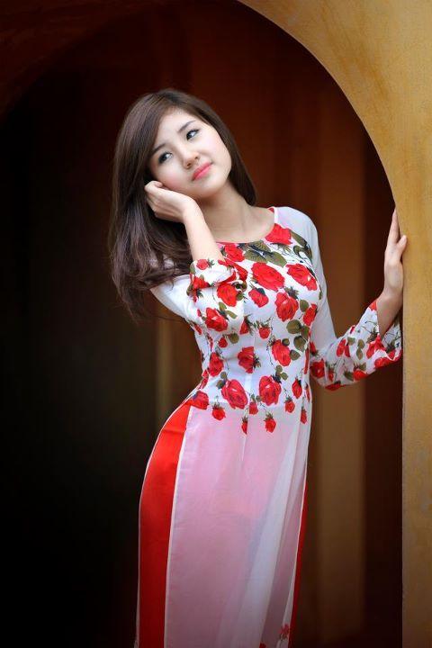 Tuyet Mai - Cheongsam (长衫/長衫), áo dài, qípáo (旗袍)