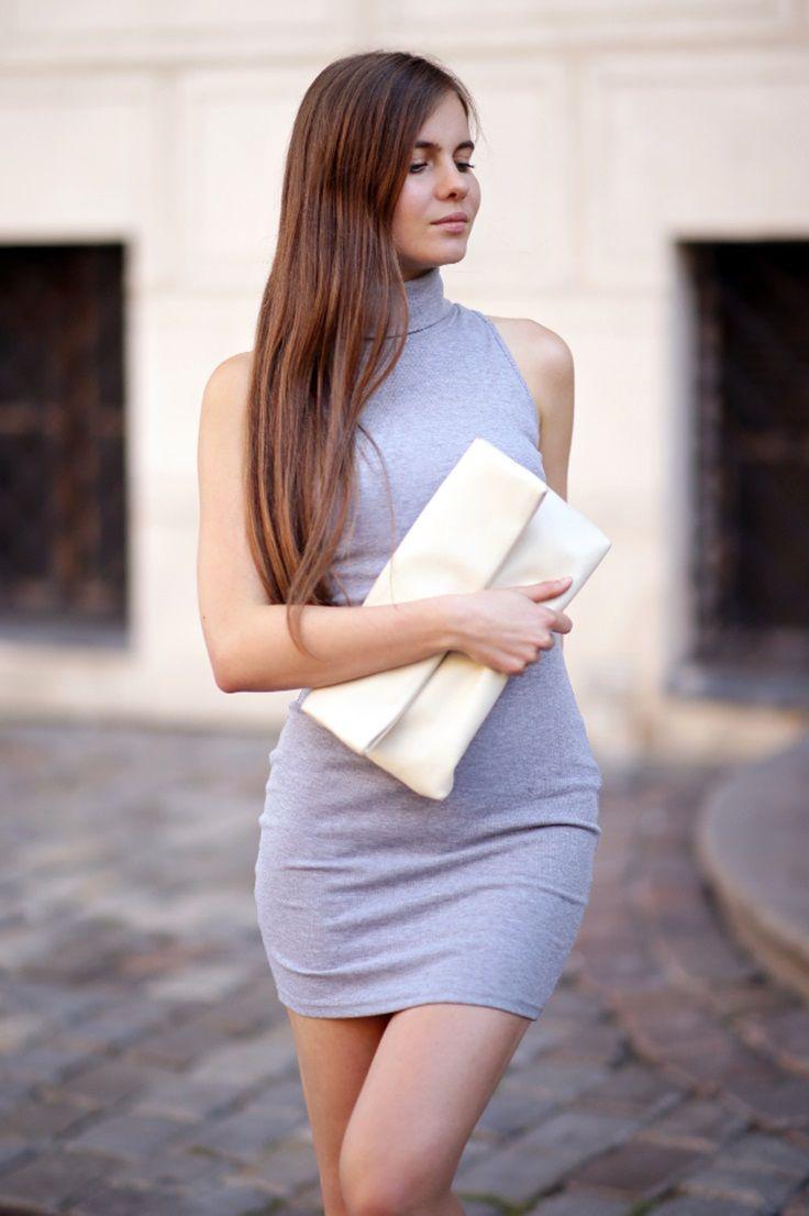 Gorgeous Ariadna Majewska looking so sexy in those grey sleeveless  turtleneck dress.  LBSDaily 99292cdfe2b25