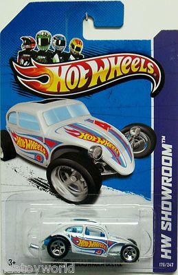 Custom Volkswagen Beetle 2013 Hot Wheels SHOWROOM #176/247 White w/Blue Interior