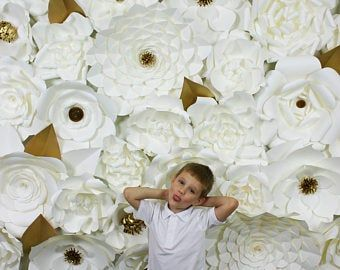 RENT ONLY !!! Paper Flower Backdrop / Giant Paper Flowers Wall / Paper Flower Wall / Wedding Wall / pink paper flowers