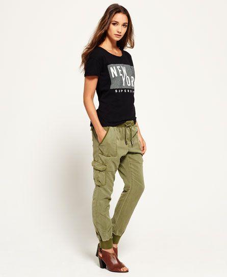 Pantalones de jogging Utility. Pantalones de jogging Utility de Superdry para  mujer. Estos pantalones de jogging de corte suelto y estilo militar llevan  ... a9e1291c5c5