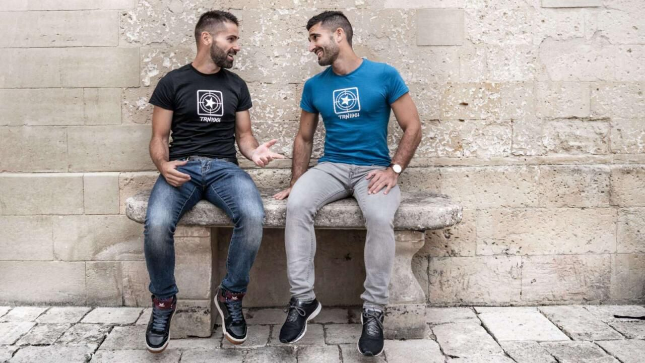 gay phone chat for gay phone fun cheap discreet instant
