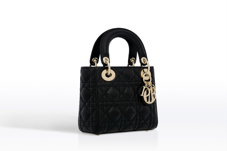 8cbc6be111 Mini sac Lady Dior en agneau   隨身攜帶   Lady dior, Dior, Dior fashion