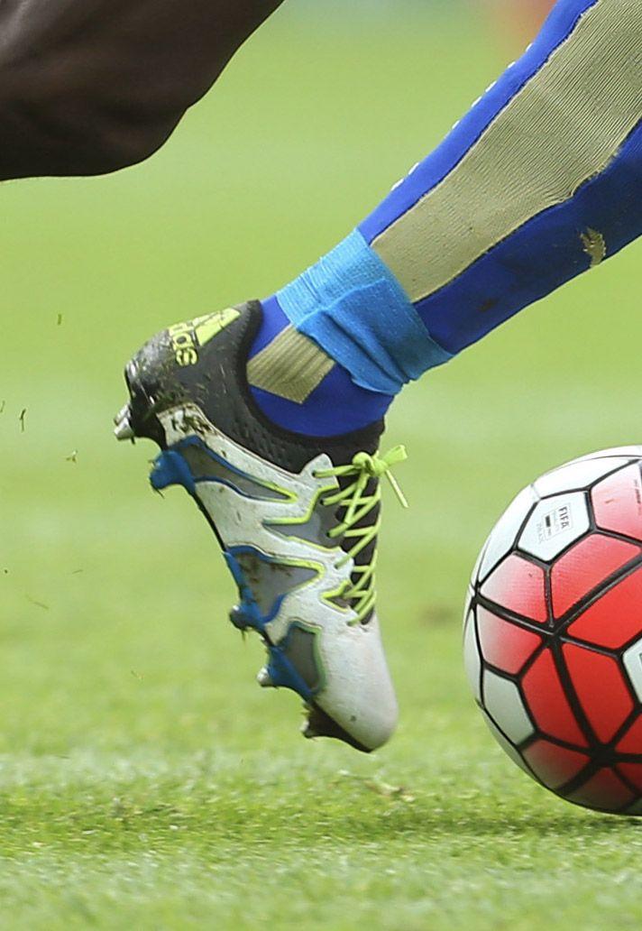N'Golo Kante Leicester City adidas X15+ SL chuteiras Pinterest