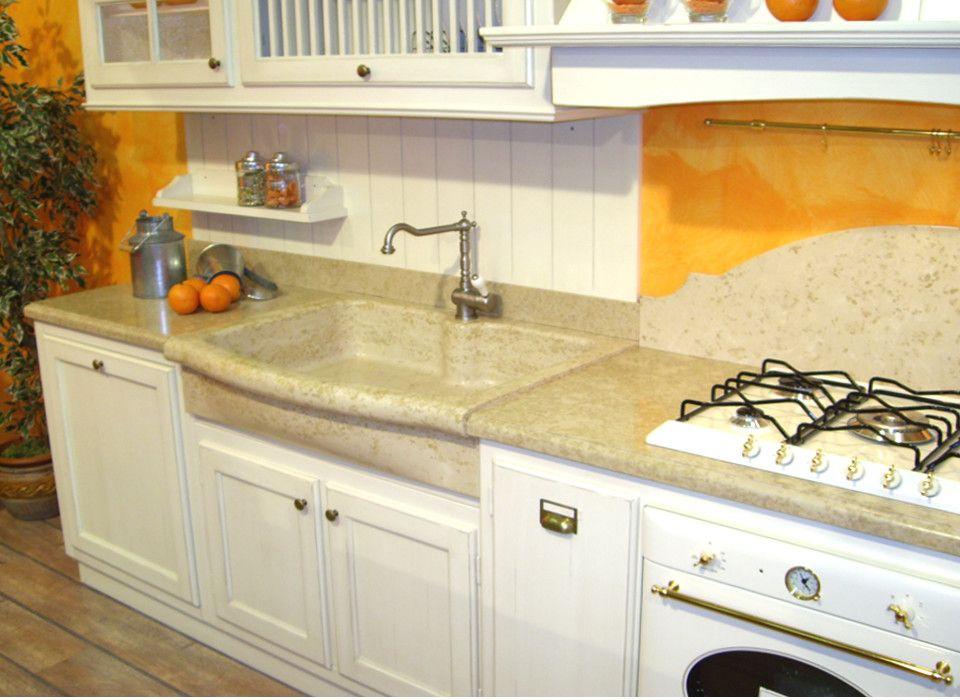 Lavello cucina ad una vasca con testa sagomata, compreso di piano ...
