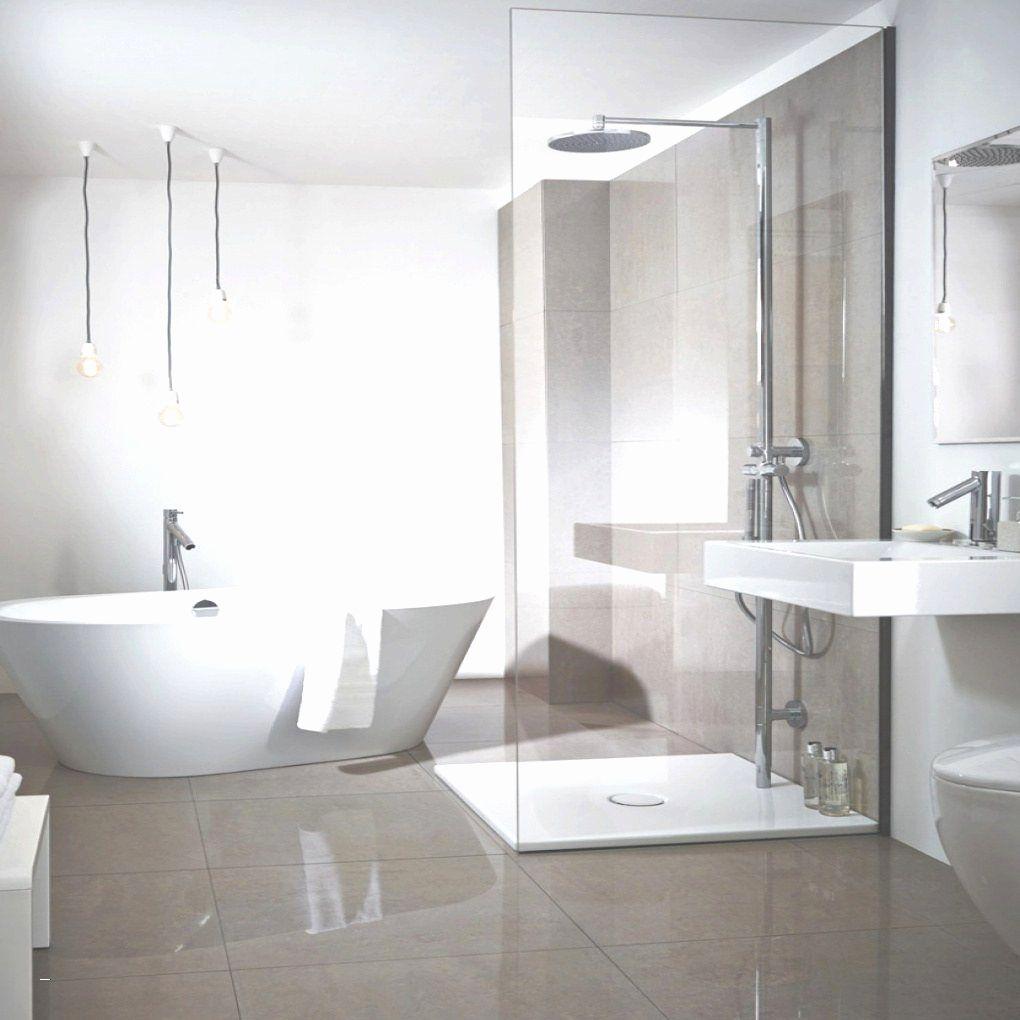 Badezimmer Dachschräge Bilder Ideen Couch Eckbadewanne Mit