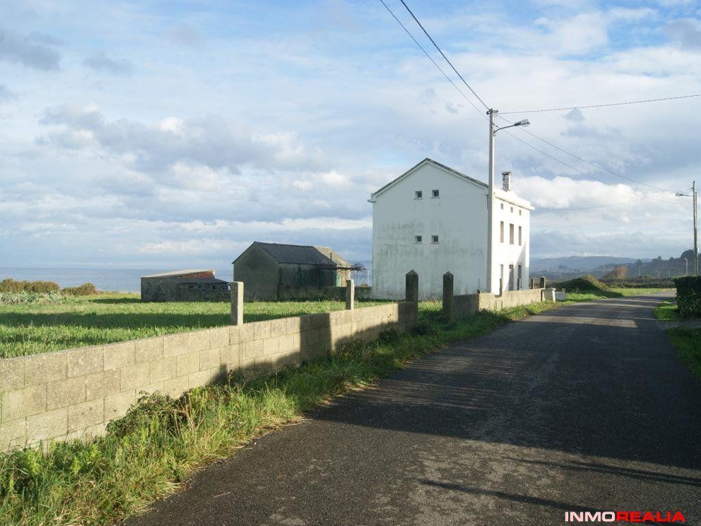 Casa con finca al lado del mar en Nois, Foz, Lugo (España