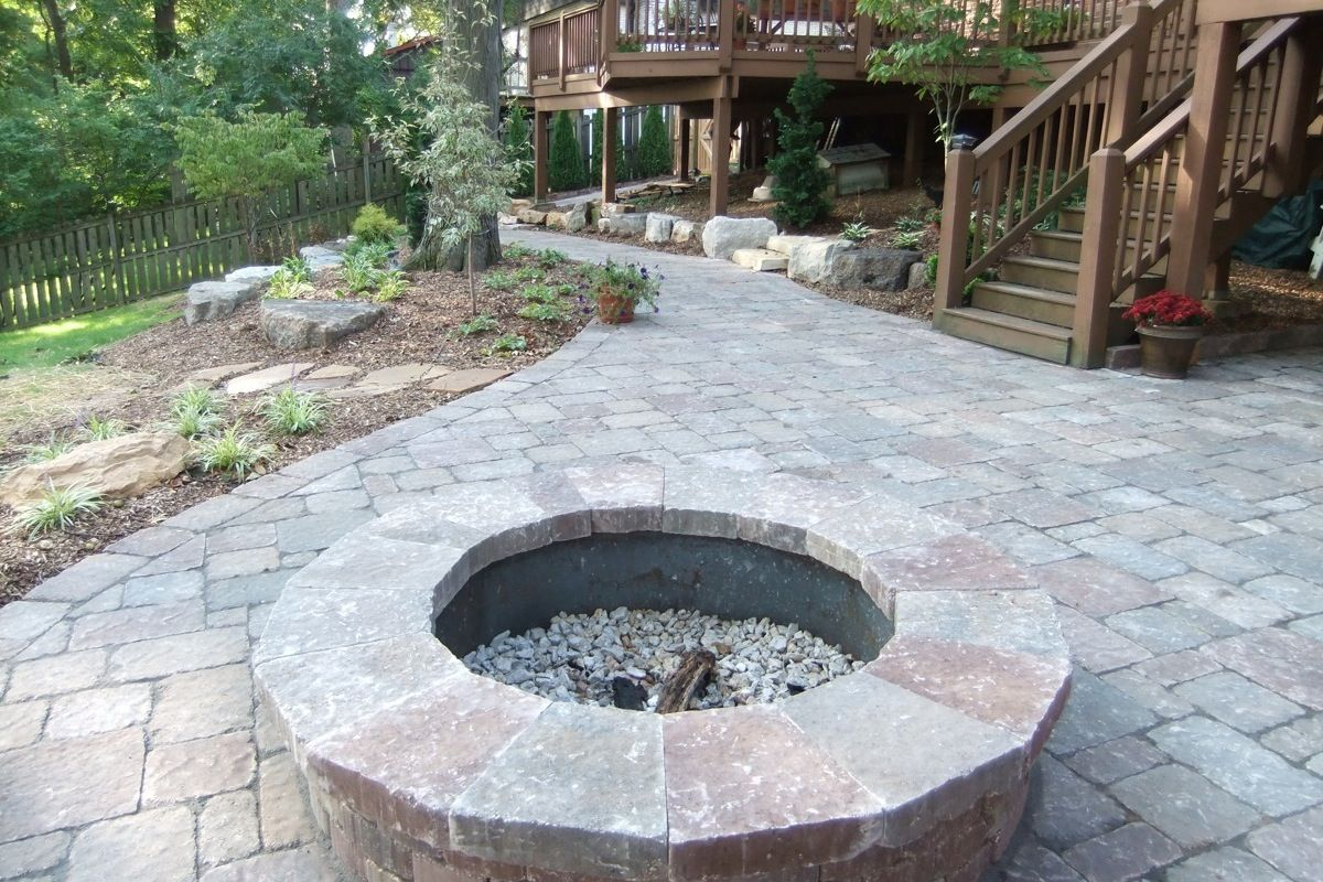 25 Great Stone Patio Ideas for Your Home | Stone patios, Patios and ...