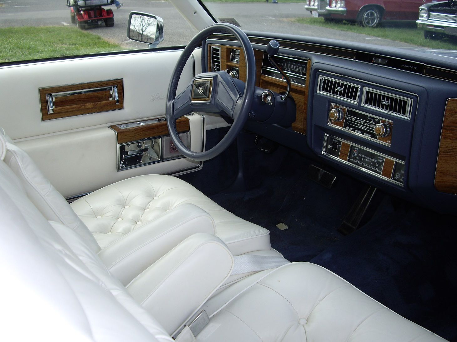 1984 cadillac fleetwood brougham coupe interior