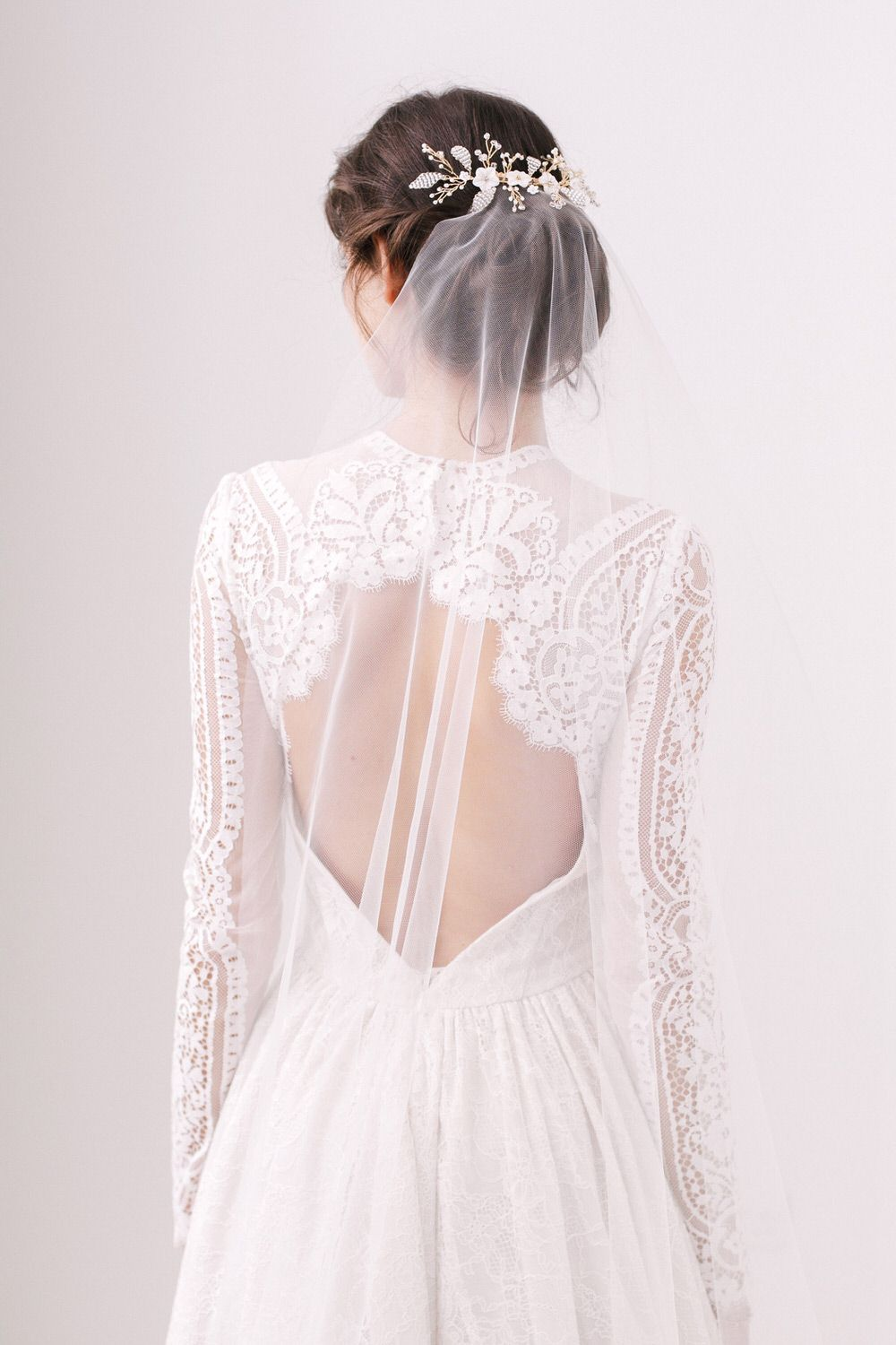 A Guide To Wedding Veils | Floral wedding hair, Hair vine and Floral ...