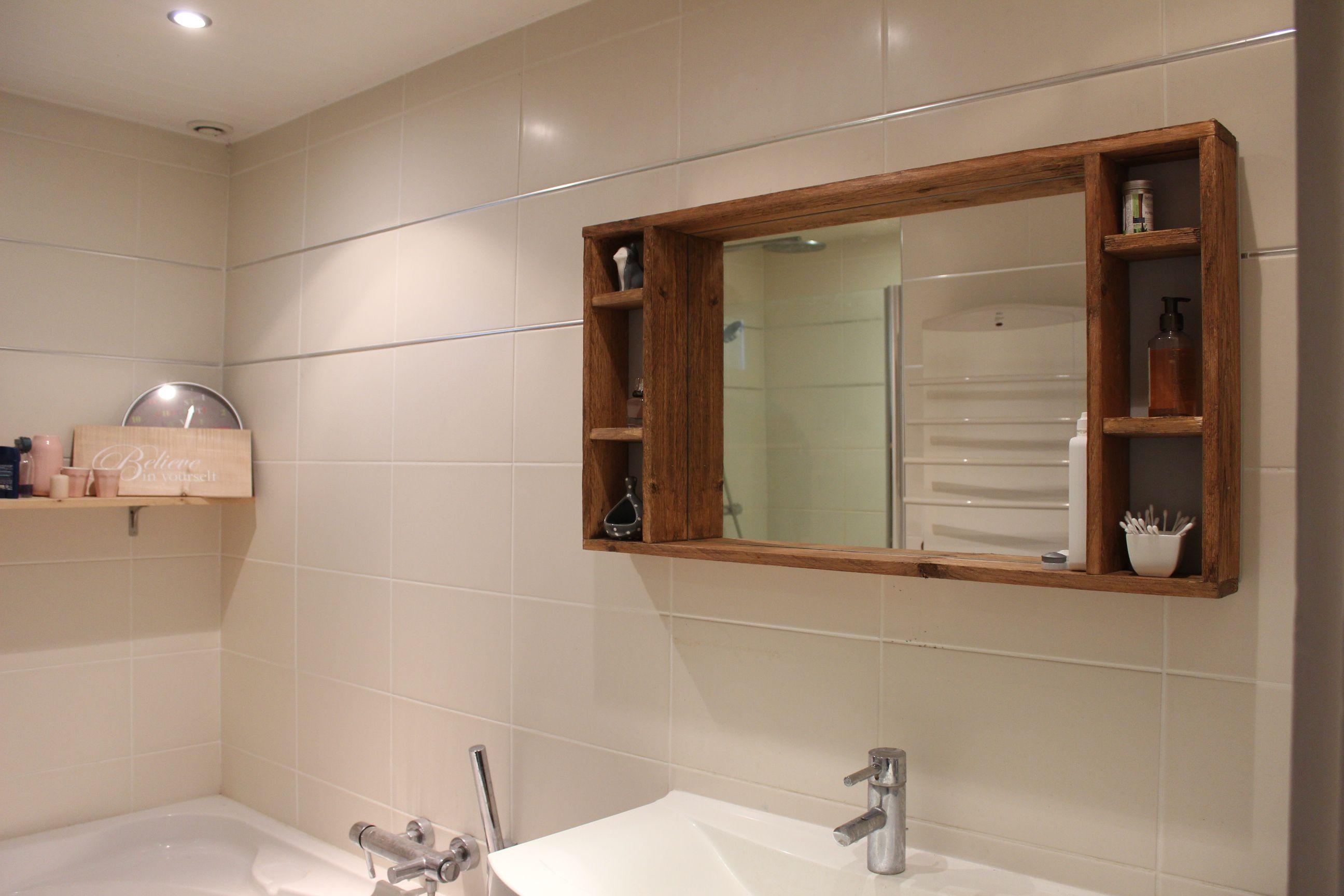 Tuto : fabriquer un miroir avec des rangements en palettes