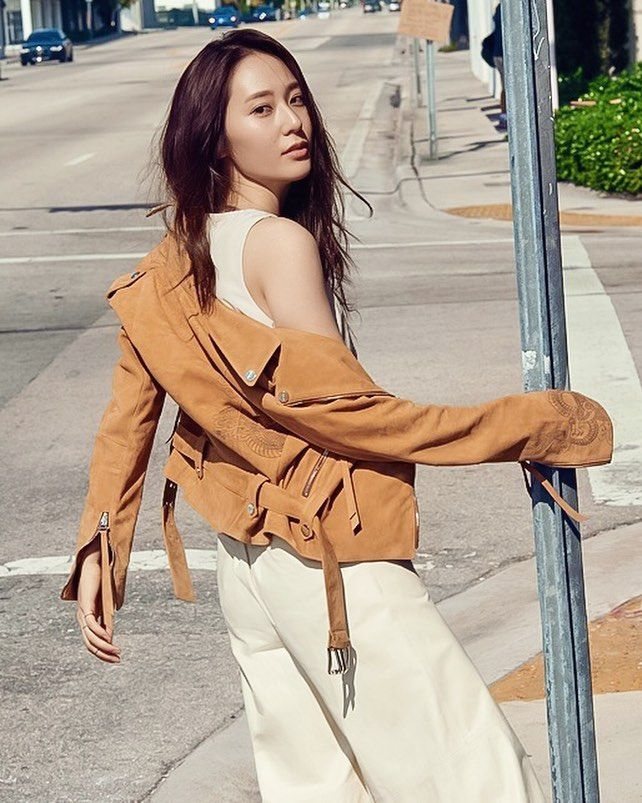 KRYSTAL (@krystal.news) • Instagram photos and videos