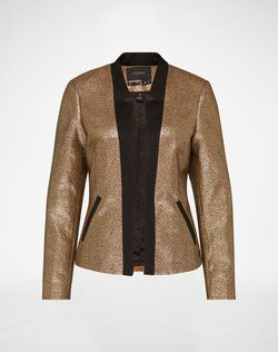 Blazer from Scotch & Soda. Click on the picture to get the product ♥︎