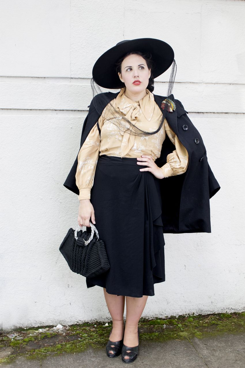 Fab Gabs for Vintage Everything: Clothing, Dresses, Lifestyle