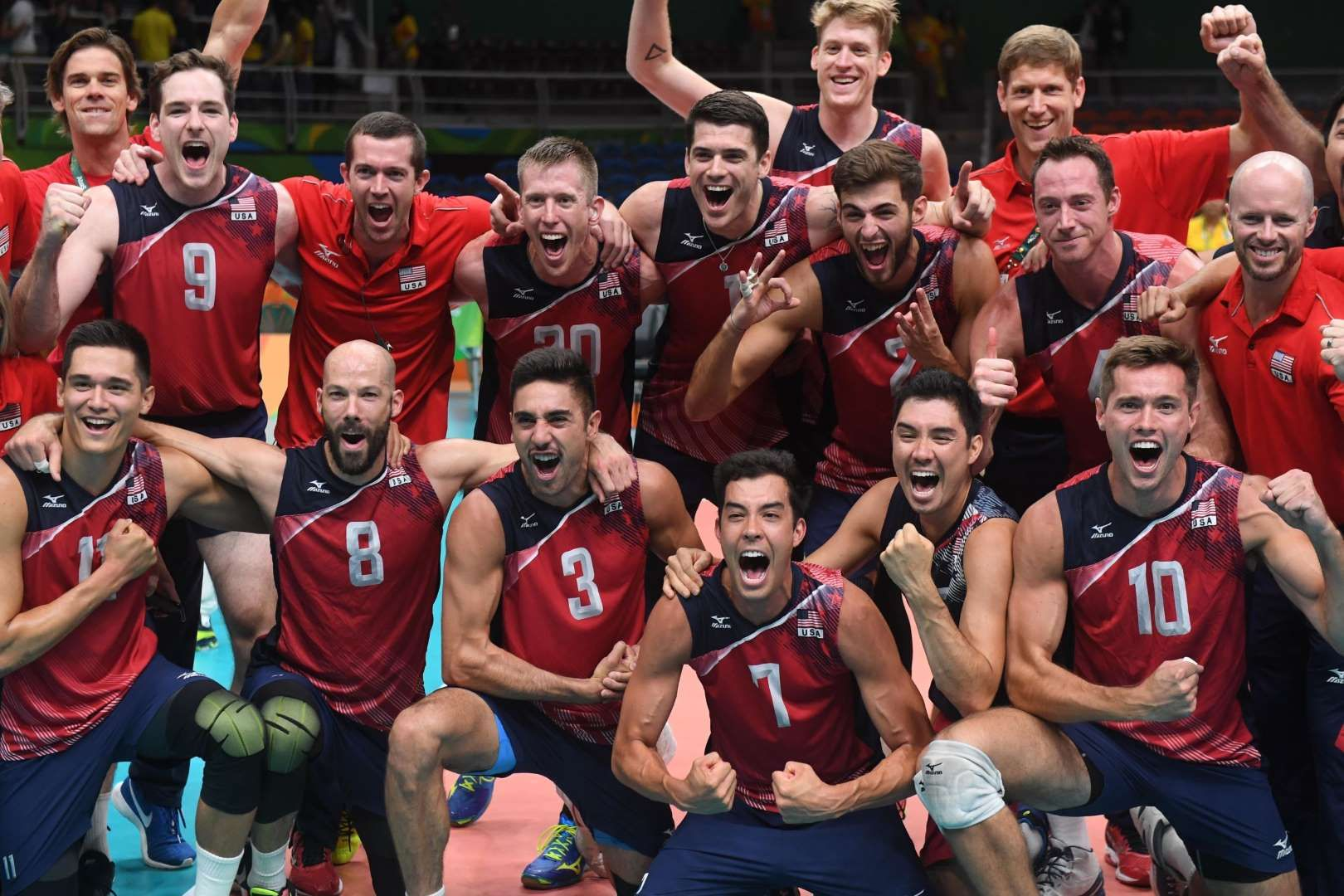 Team Usa Won Bronze In Men S Volleyball Usa Volleyball Team Team Usa Mens Volleyball