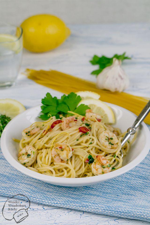 Zitronenspaghetti mit Kräuter-Chili-Garnele