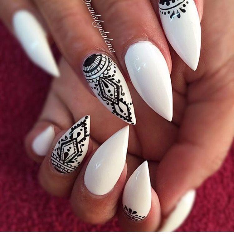 Pin de Moriah Totten en Stiletto nails | Pinterest | Sencillo ...