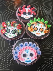 Love Cupcakes Vigo: Cupcakes de manzana y nueces con calaverita de sugar paste