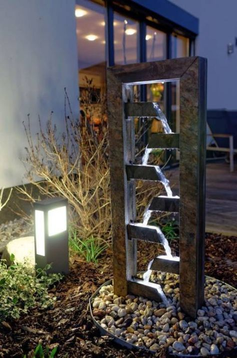 En 8 pasos renueva tu jardín con una fuente moderna Water features