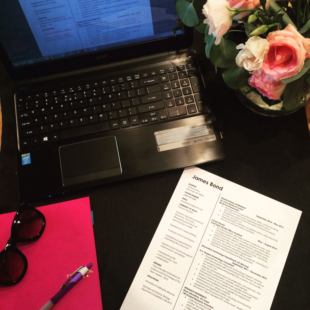 Create different sections on a resume to