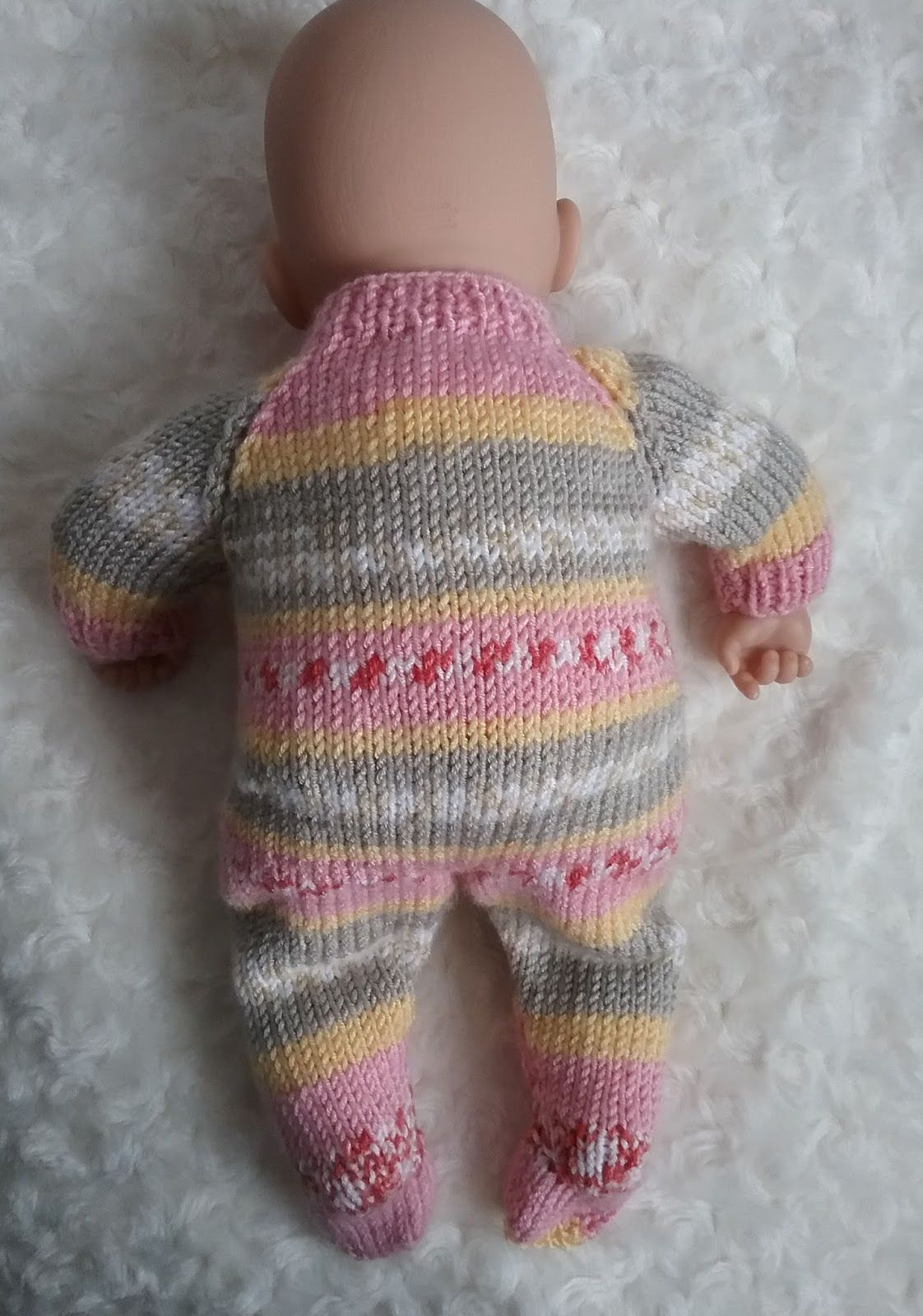 Baby Annabell Sleepsuit   Knitting dolls clothes, Crochet ...