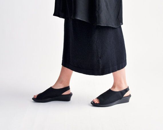 marquee moon peeptoe mules / vtg 90s shoes / by persephonevintage