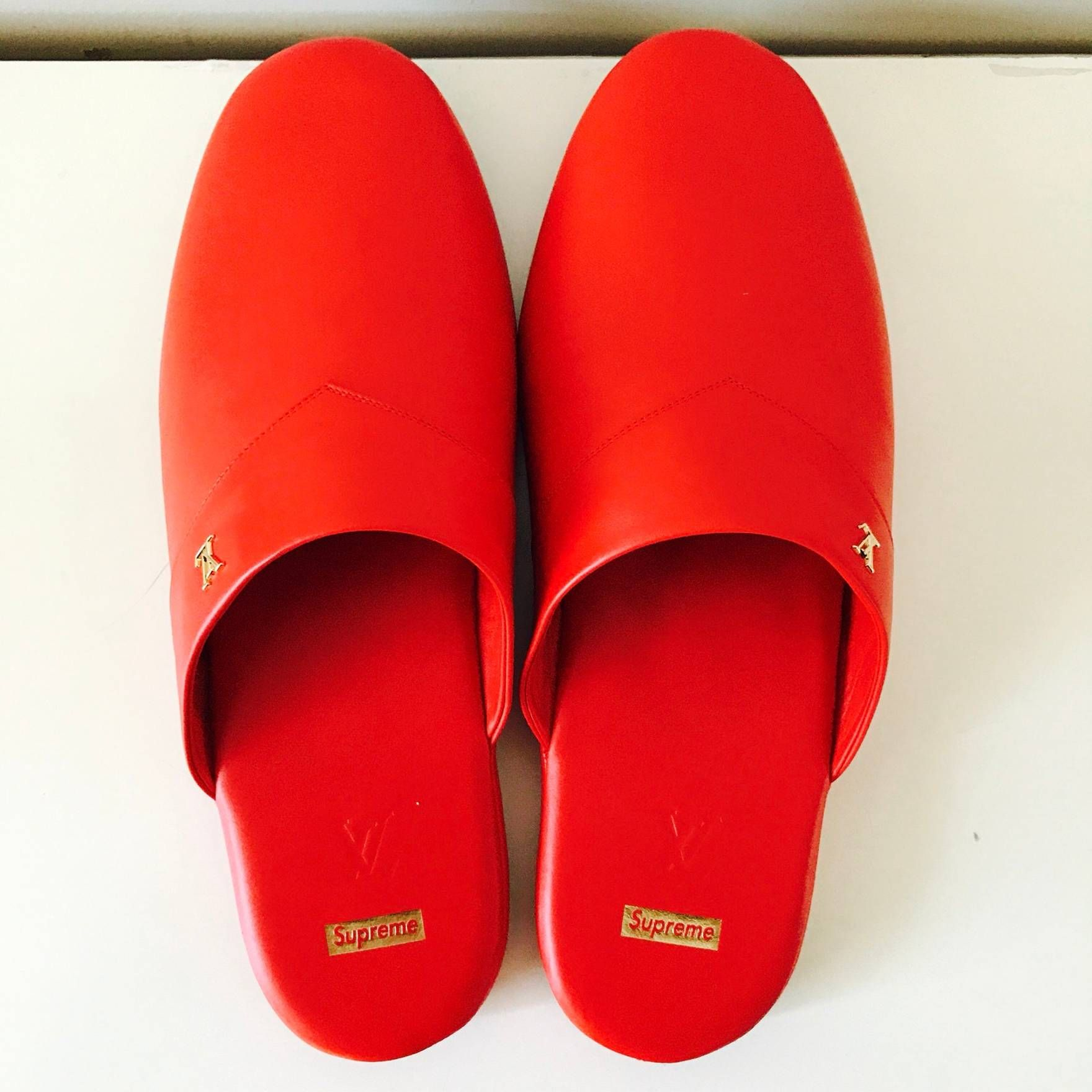 f3ad7eaf538d Supreme Louis Vuitton X Supreme Red Leather Slippers Size US 9   EU ...