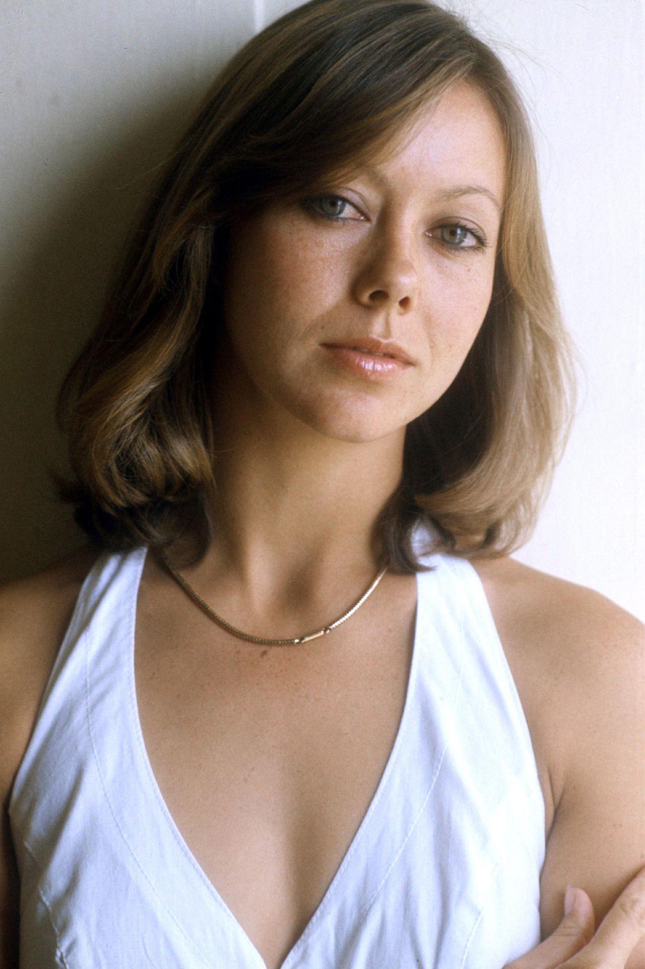 Jenny Agutter jessica 6