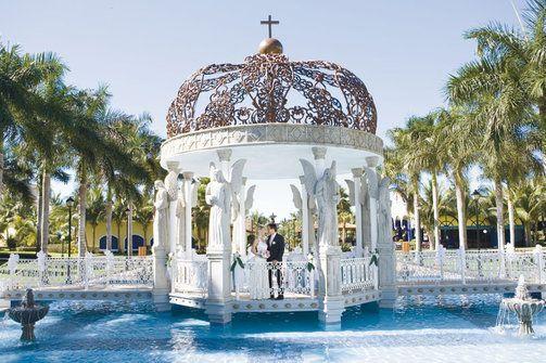 What A Beautiful Spot For A Destination Wedding Riu Jalisco Hotel In Puertovallarta Mexico Nayarit Honeymoon Resorts Puerto Vallarta