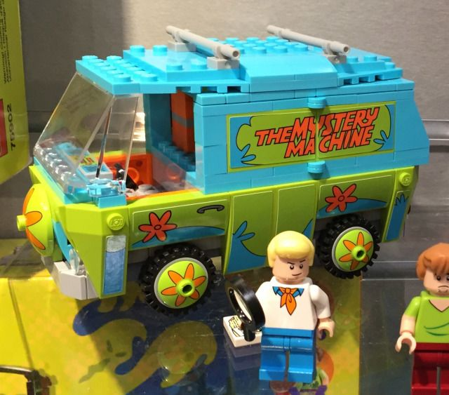 LEGO Scooby-Doo Mystery Machine Set Photos Preview