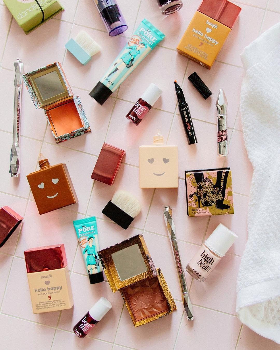 Benefit Cosmetics Giveaway Urbanoutfitters Uobeauty Benefit