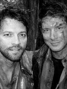 Dean and Cas still look hot even in purgatory