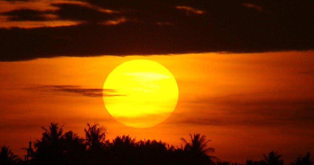 Gambar Matahari Terbit Di Pantai Gambar Matahari Terbit Di Pantai Mataharihttp Pemandanganoce Blogspot Com 2017 08 G Pemandangan Matahari Terbit Sunset Beach