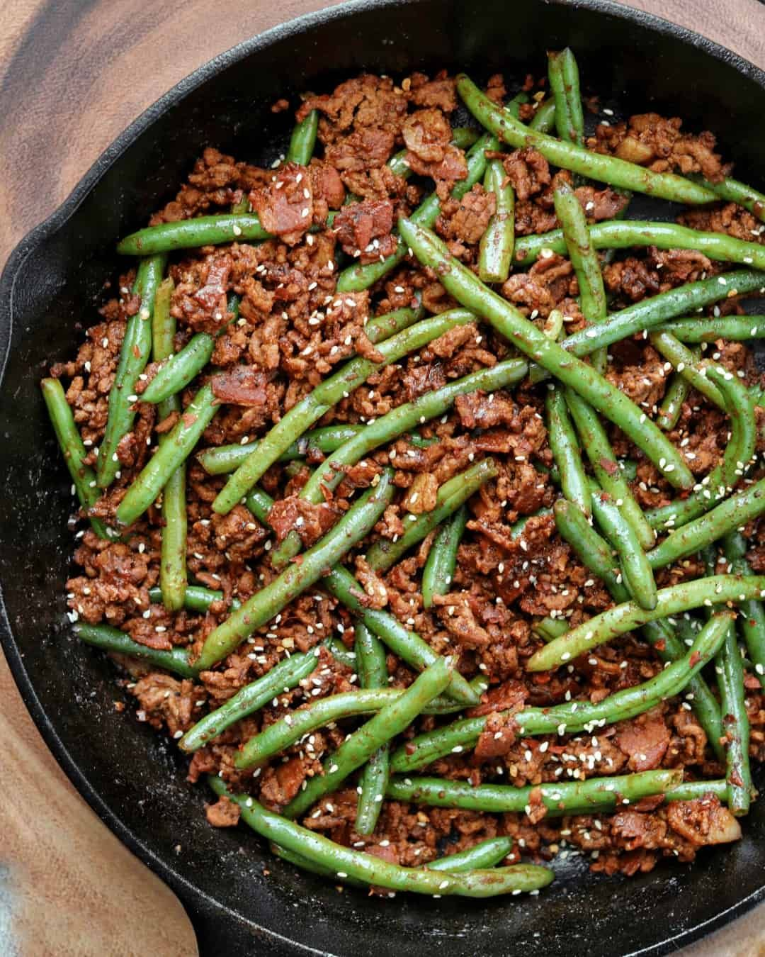 Sriracha Bbq Ground Beef And Green Beans Kinda Healthy Recipes In 2020 Ground Beef Recipes Healthy Beef And Green Beans Recipe Healthy Beef Recipes