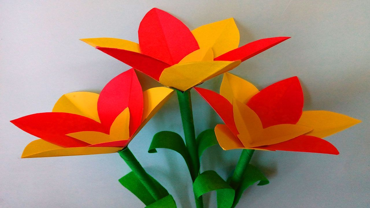 Cool Paper Craft Flowers Origami Step By Step In 2020 Paper Flowers Diy Paper Flowers Easy Origami Flower