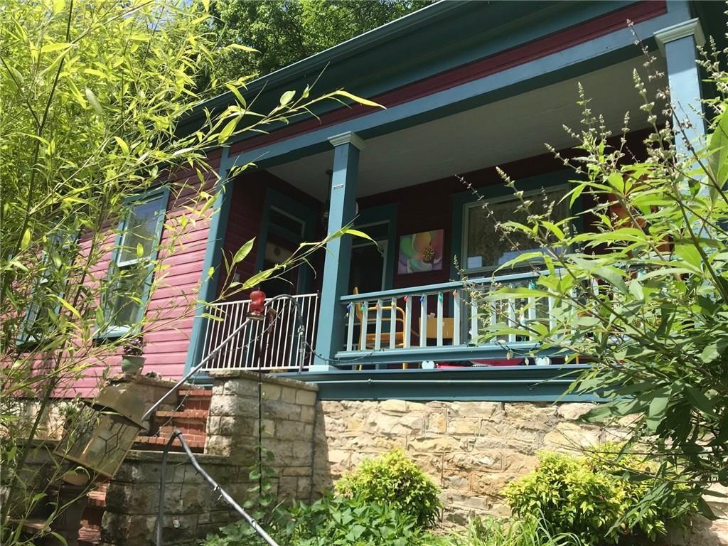 Global Arkansas real estate, Eureka springs, Patio stones