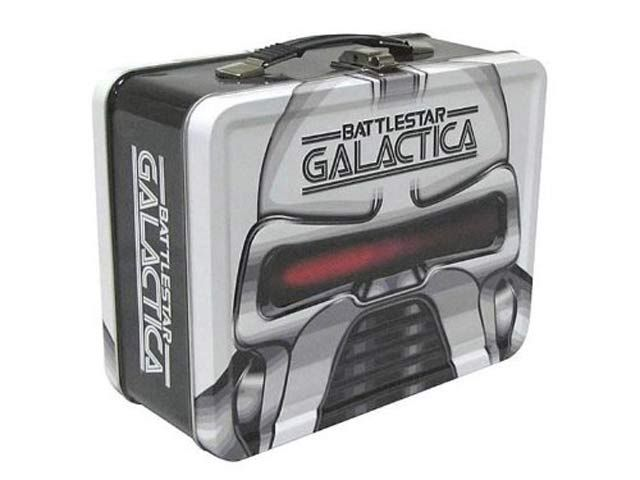 What type of lunchbox did you use back in grade school? Do you still use one as a grownup?