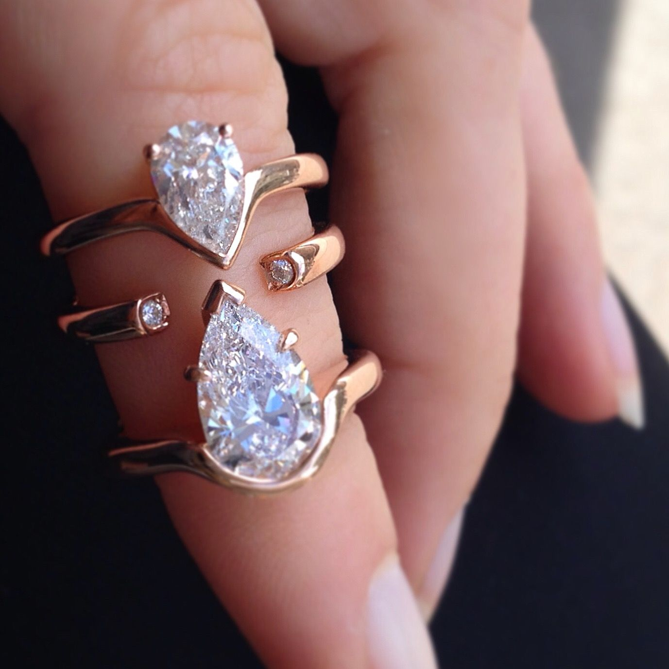 1ct vs 2ct: you decide. 😍 Rose gold custom-made Pear shaped diamond ...