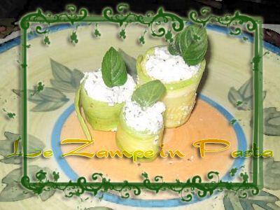Le Zampe in pasta: Zucchine con formaggio e menta