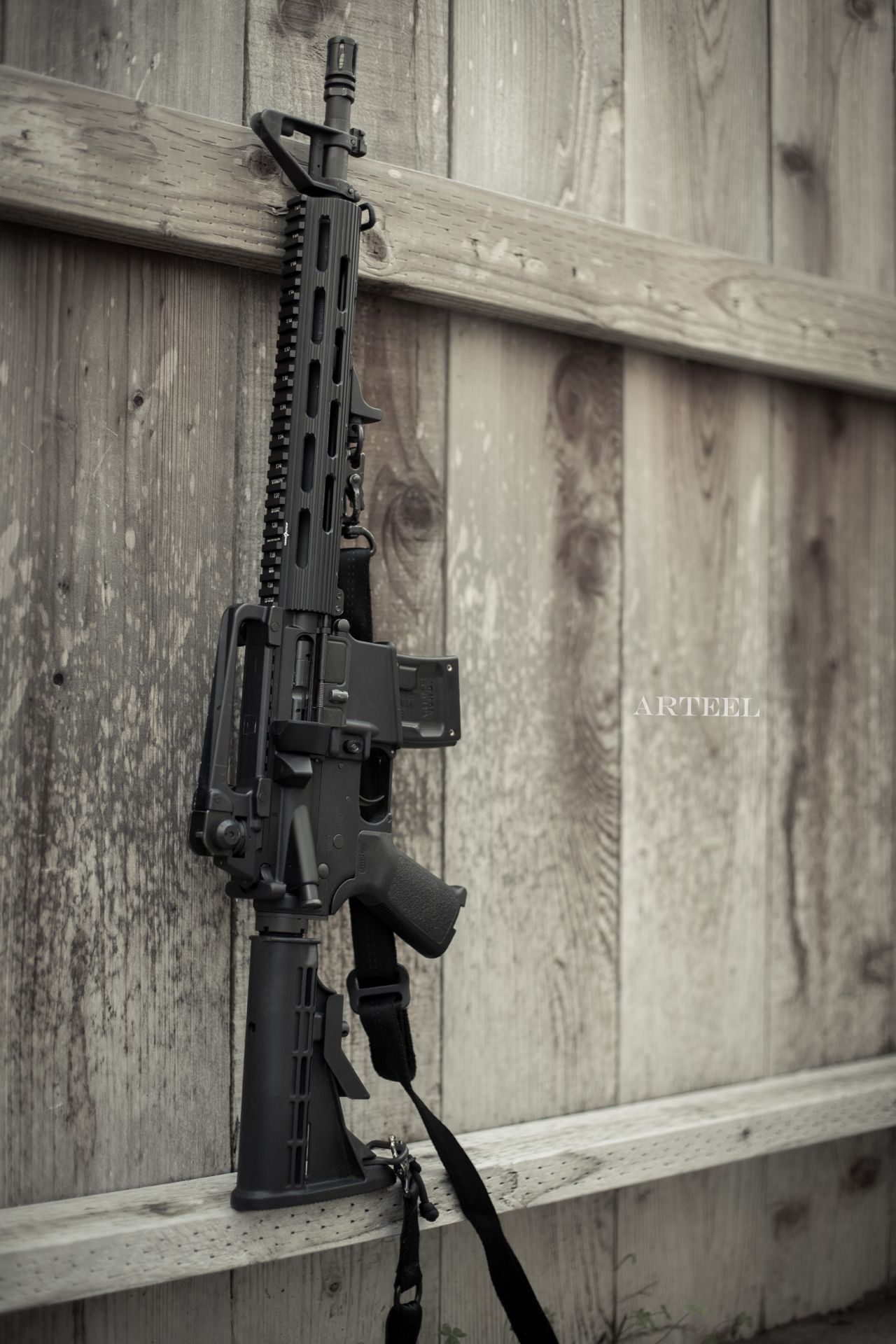 Military Blog / Weapons / Guns / Gunblr / Assault Rifles / Shotguns / Pistols / Revolvers / Sniper Rifles / Firearms Pictures Wallpapers - WeaponsLover Tumblr.Loading that magazine is a pain! Get your Magazine speedloader today! http://www.amazon.com/shops/raeind