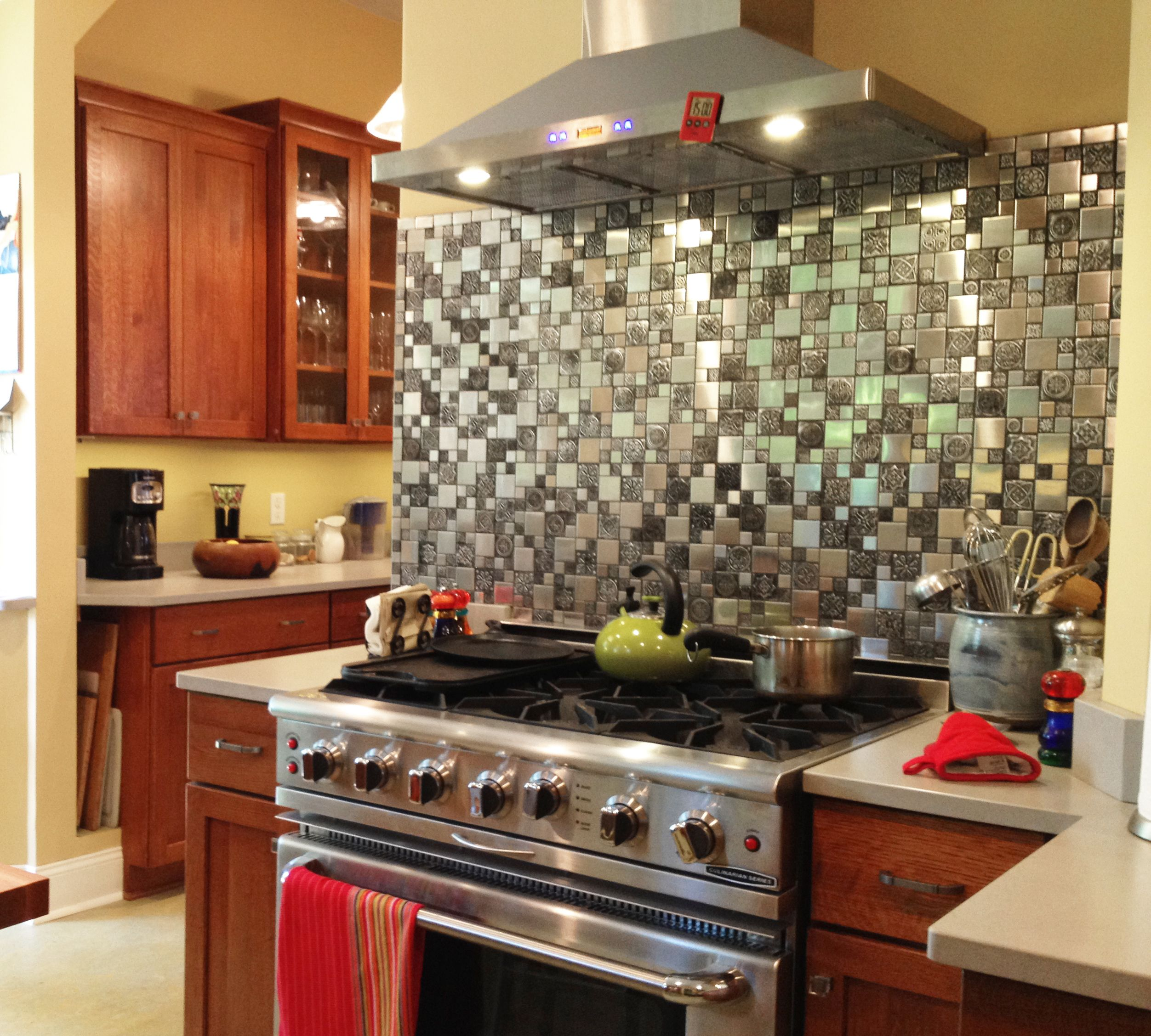 Roman Pattern Stainless Steel And Pewter Accents Tile - EMT_262-MIX-SM