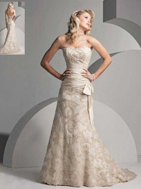 precioso vestido color champagne de corte trompeta, un vestido con