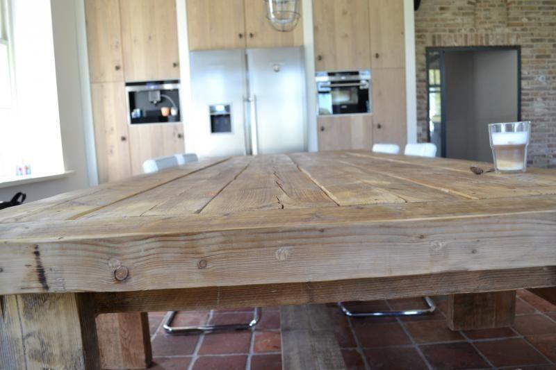 Moderne strakke houten tafel wood dining dining