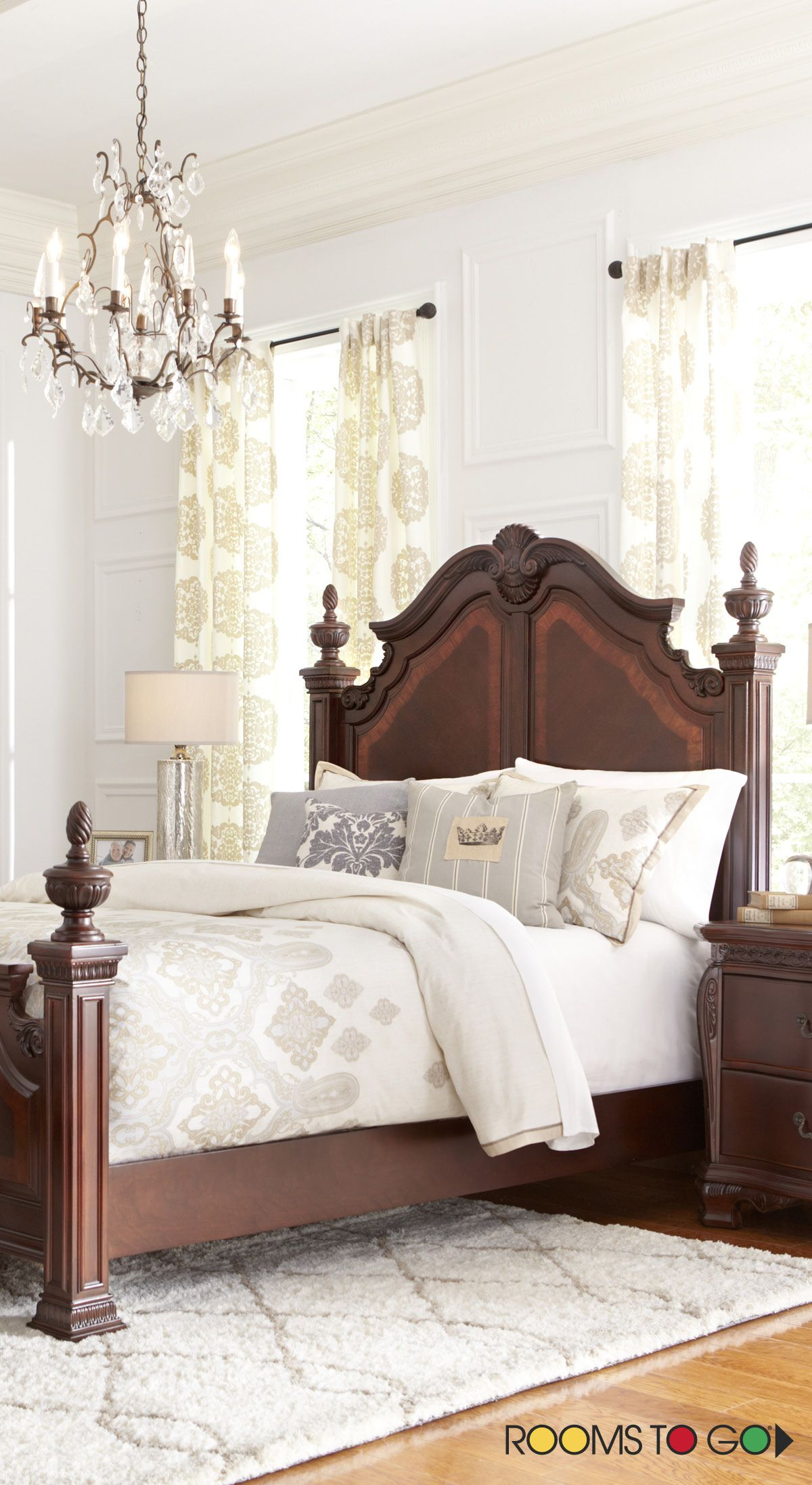Cortinella Cherry 3 Pc Queen Sleigh Bed: You'll Be Surrounded By Elegance When You Retreat Into The
