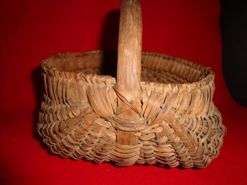 Early Antique Handmade Splint Oak Buttock Basket Very Nice Color and Patina | eBay  sold   135.00.      ~♥~