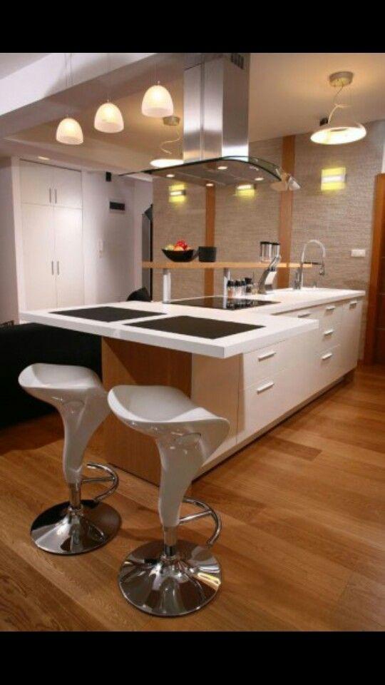 Madera clara cosinas integrales cocinas modulares for Cocinas integrales apartamentos pequenos