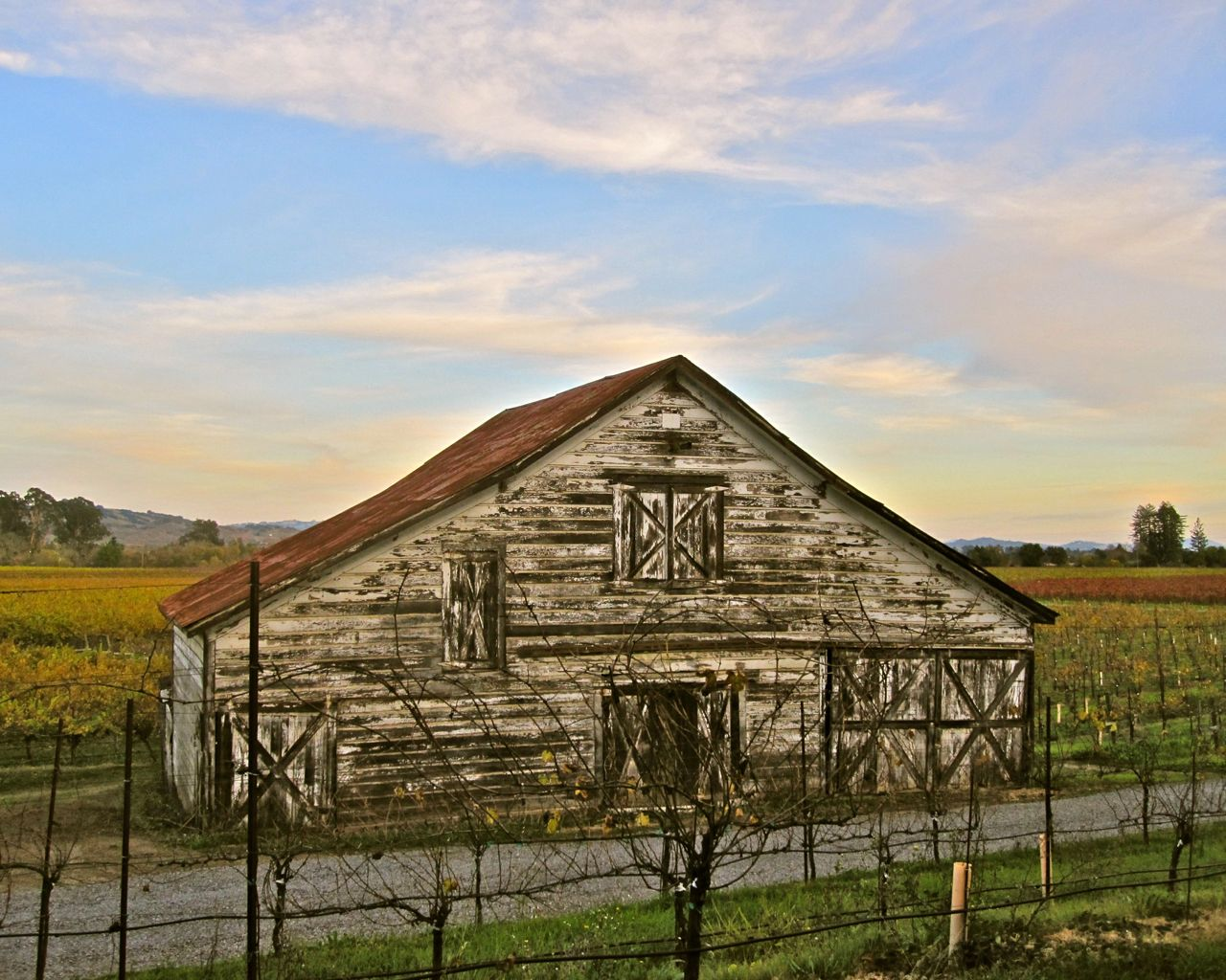 East Side Rd., Russian River Valley barn (#2)